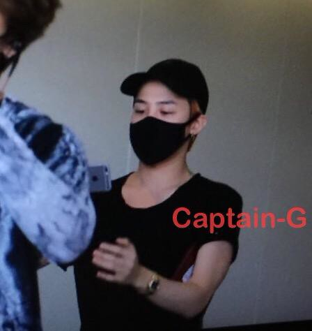 Big Bang - Kansai Airport - 23aug2015 - Captain G - 02