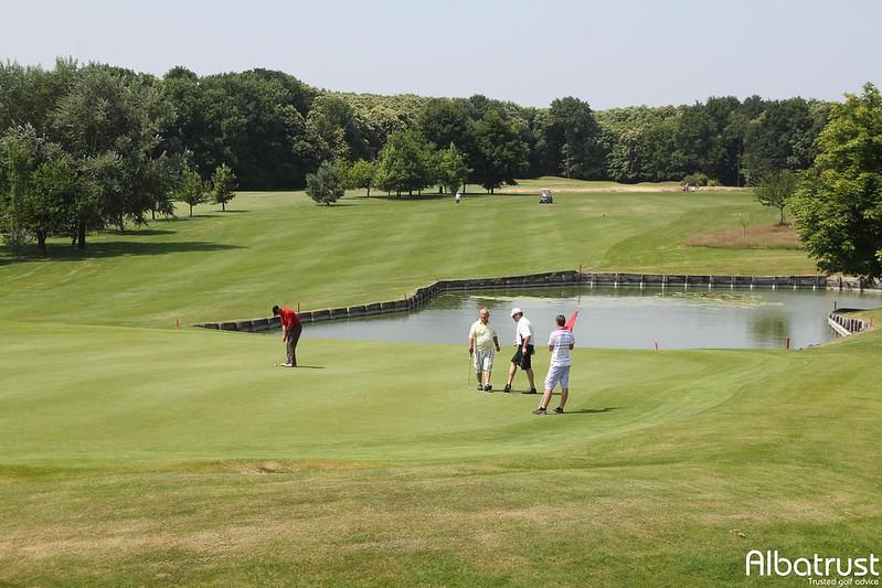 photo du golf Golf De Forges Les Bains - Parcours