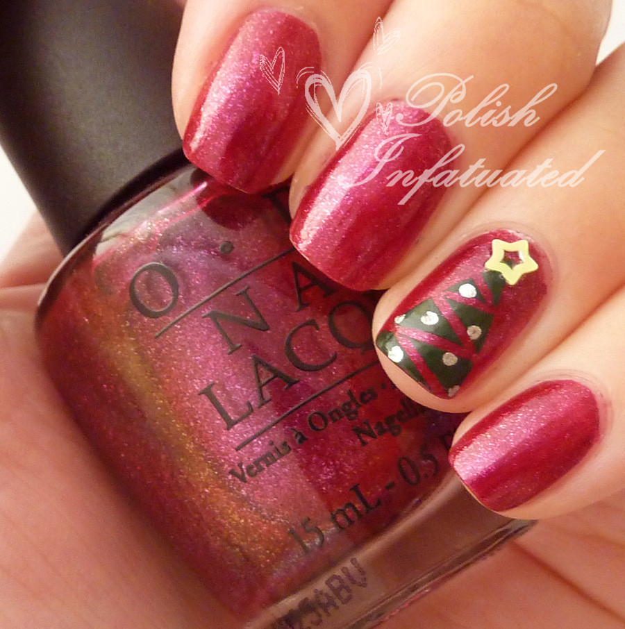 festive christmas tree nails1