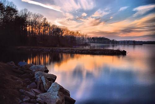 sunset lake water marina landscape day cloudy northcarolina greensboro laketownsend