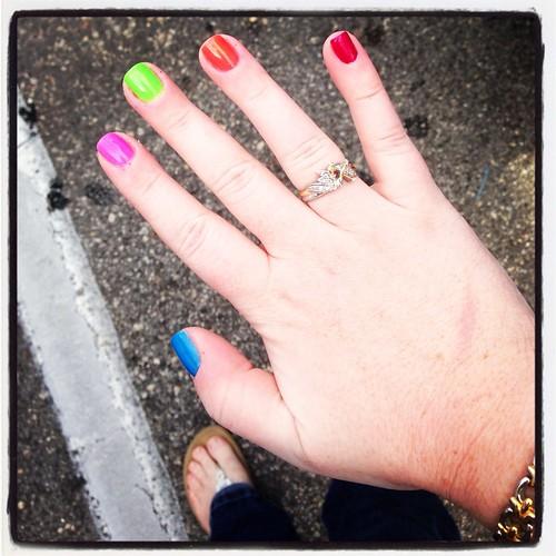 Color Run Nails