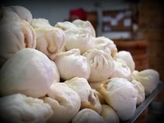 nikuman, mongolian food, siopao, cha siu bao, xiaolongbao, baozi, momo, food, dish, buuz, khinkali, cuisine,