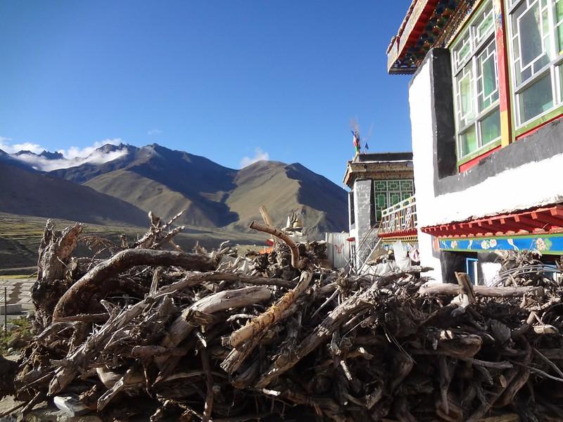 Aldeias tibetanas no vale