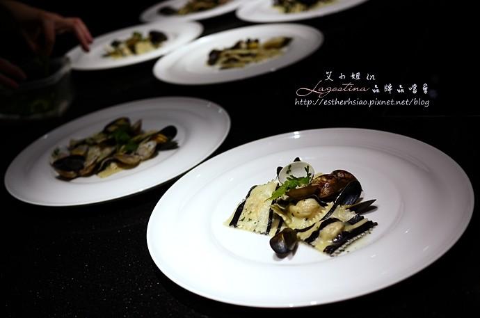21 雙色義大利餃鑲鮭魚