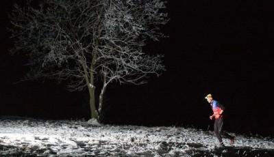 LYSACUP: Noční etapu vyhrál Tomáš Lichý. Konečně se dočkal