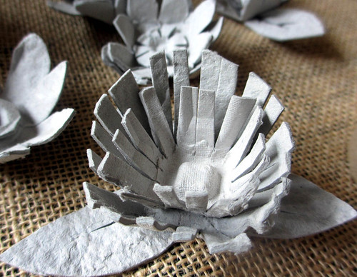 more egg carton flowers!