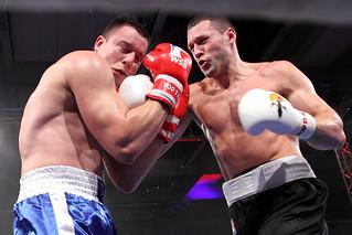 Sensationeller Start der deutschen Boxer in die APB-Profiserie