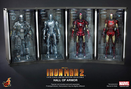 HOT-TOYS-IRON-MAN-ARMOURY-01