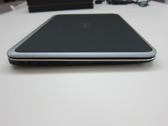 Dell XPS 12 - Left View