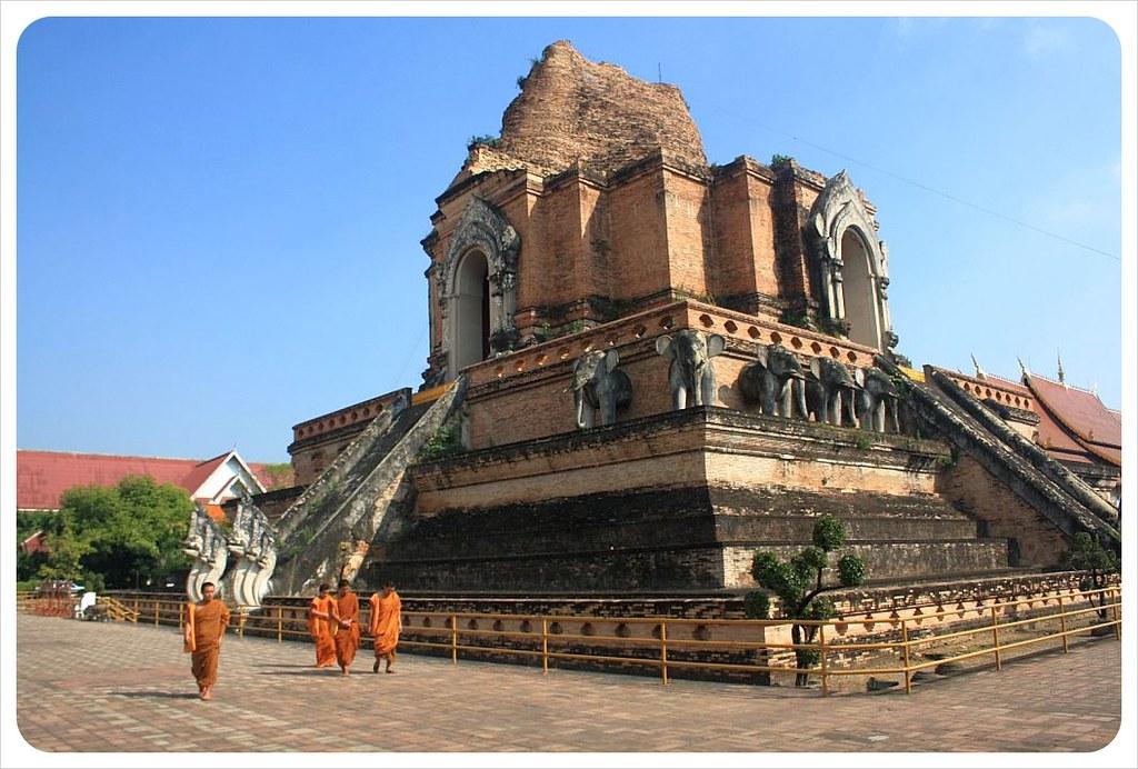 monks at chedi luang