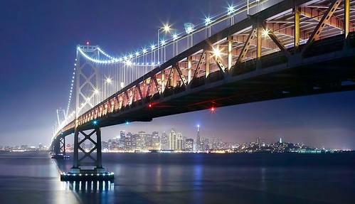 Крупнейшее световое шоу на Земле – мост Bay Bridge в Сан-Франциско украсят 25 тыс. LED-ламп