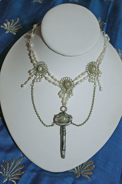blue-silver-steampunk-necklace