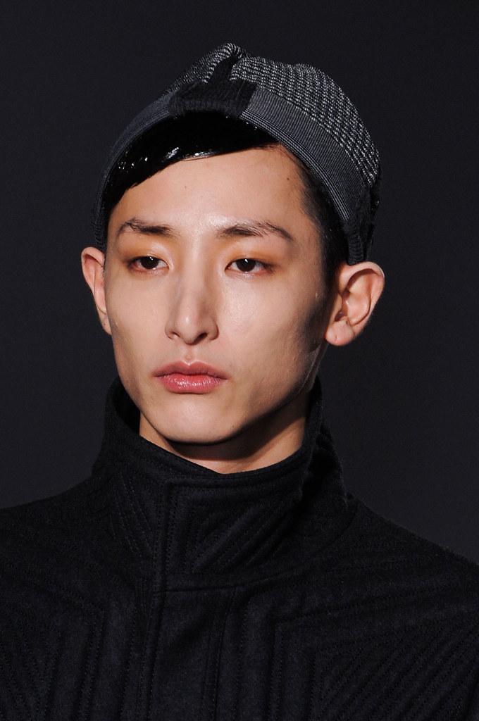 FW13 Paris Wooyoungmi058_Lee Soo Hyuk(fashionising.com)