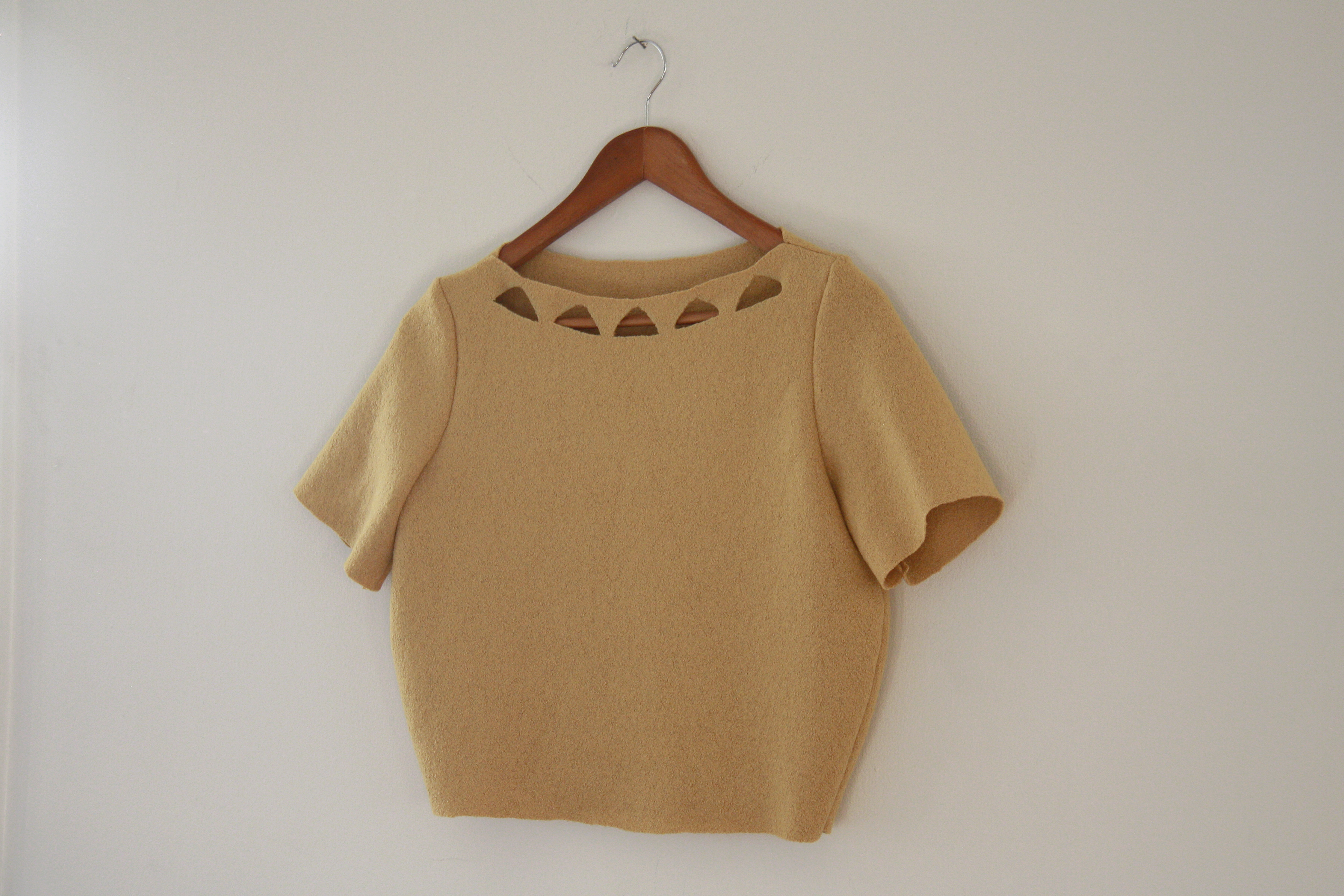 sewing saturday! wool cutout top