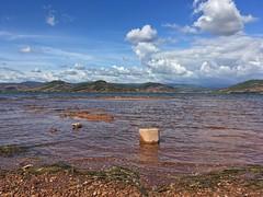 Lac du Salagou #lacdusalagou #salagou #lake #water #nature #relief #mountains #stone #herault #heraulttourisme #34 #languedoc #languedocroussillon - Photo of Brignac