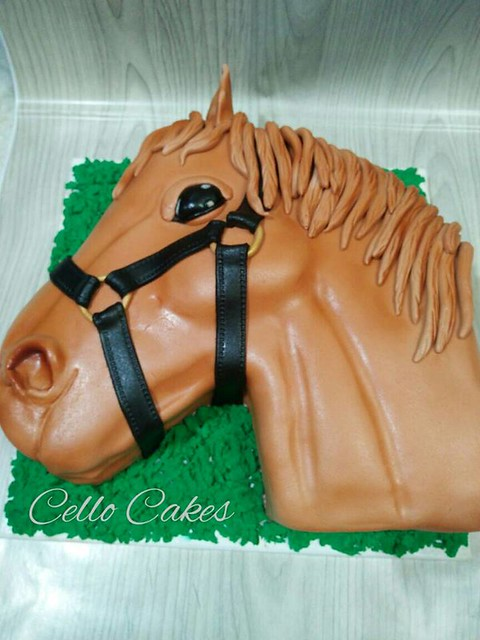 Horse Cake by Marwa Fouad of Cello Cakes