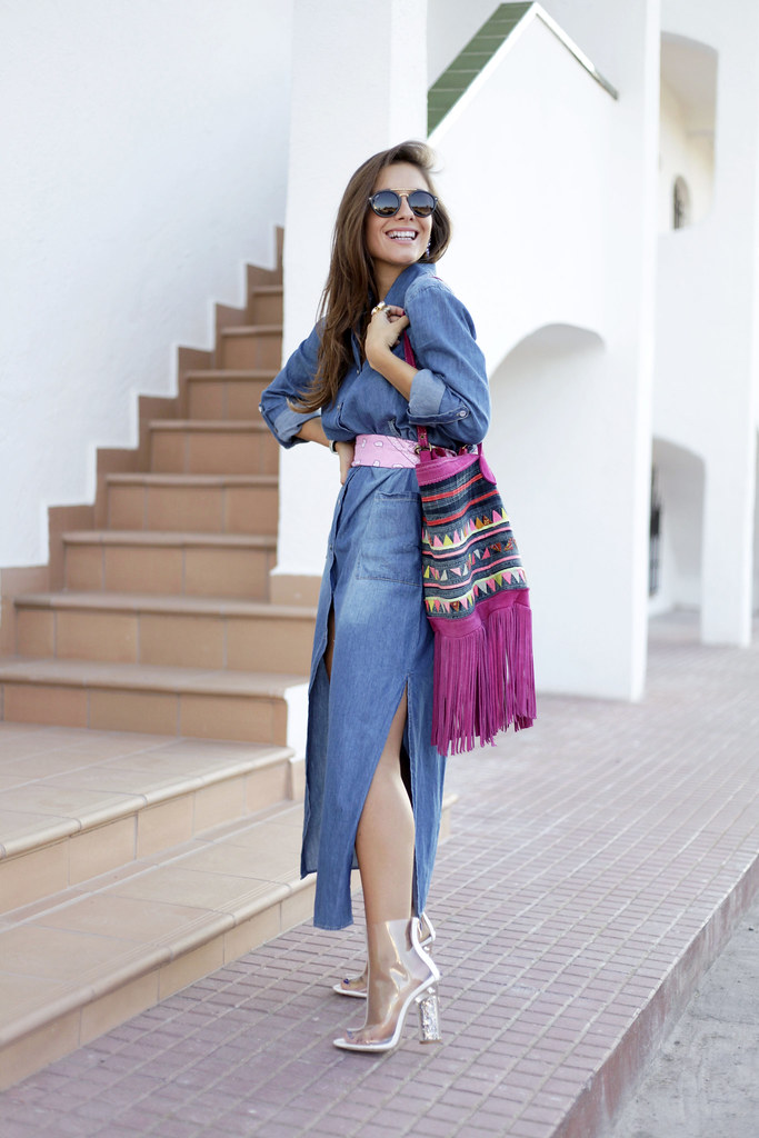 06__denim_dress and_transparent_shoes