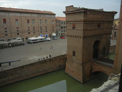 DSCN4256 _ Castello Estense, Ferrara, 17 October