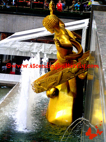 Rockefeller Center Gold Statue 01 Holidays 2012 WATERMARKED