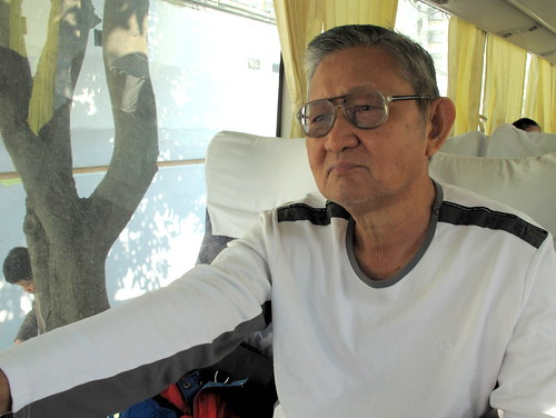Trip to Fuzhou - Suanie's Dad in bus