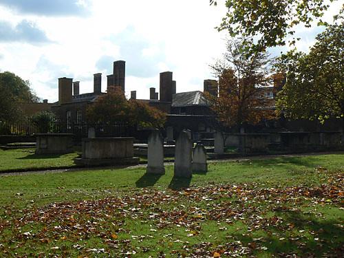 jardin-cimetière hôpital.jpg