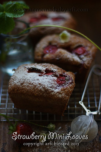 Strawberry Mini Loaves2