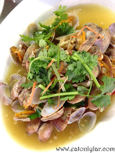 Steamed Lala, Seng Kee Black Chicken Herbal Soup