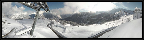 Another bluebird day in Samoëns