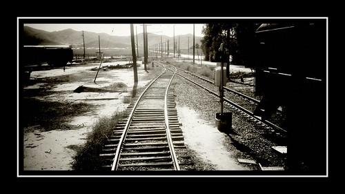 california railroad train power phone tracks motorola dust android droid perris hemorrhoid razrmaxx orangeempirerailroadmuseum vignetteapp ourdailychallenge hbmike2000