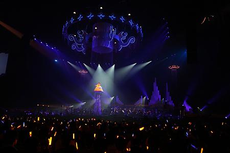 130121(1) – 「水樹奈奈」睽違2年之交響樂演唱會《LIVE GRACE 2013 -OPUSⅡ-》安可彈豎琴、感動數萬人! (3/7)