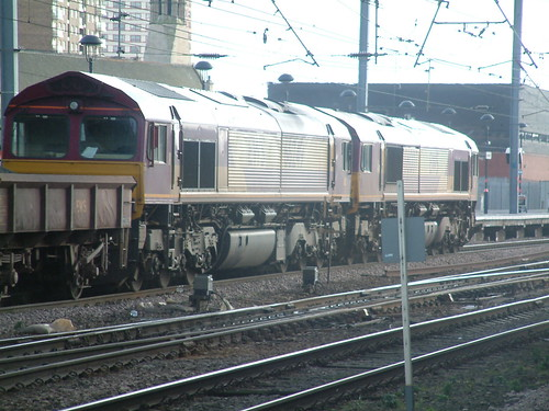 66249 + 66007 - Doncaster - 5 March 2005(1) | by Steven's Transport Photos