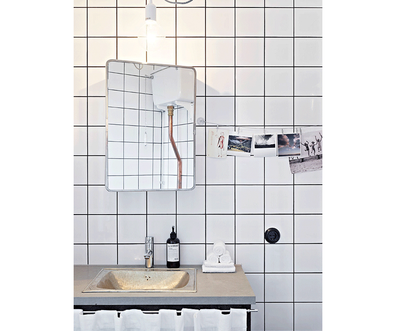 Fantastic Bathroom White Square Tiles Black Grout Brass Details