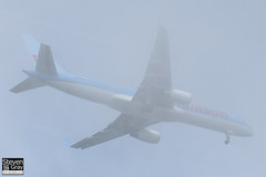 G-OOBF - 33101 - Thomson Airways - Boeing 757-28A - Luton - 120501 - Steven Gray - IMG_4214