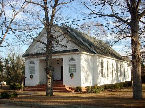 northcarolina churchstreet robesoncounty lumberbridge december82012 lumberbridgebaptistchurch chirstmaswreathes