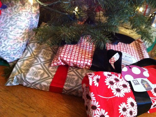 cloth gift bags
