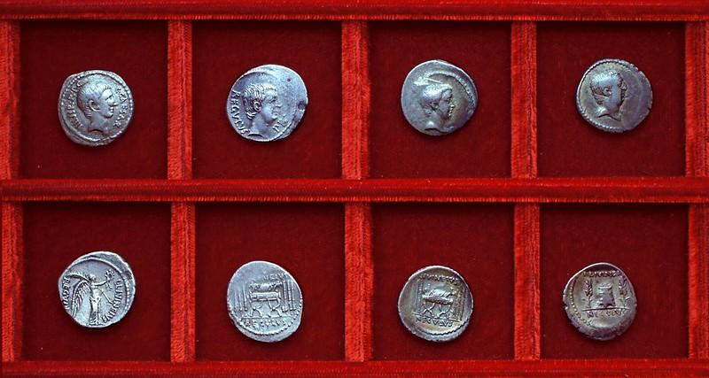 RRC 494-25,27,28,29 C.CAESAR, L.LIVINEIVS REGVLVS Octavian, Livineia, Ahala collection Roman Republic