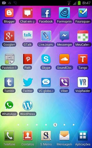 Social Screen by Rogsil