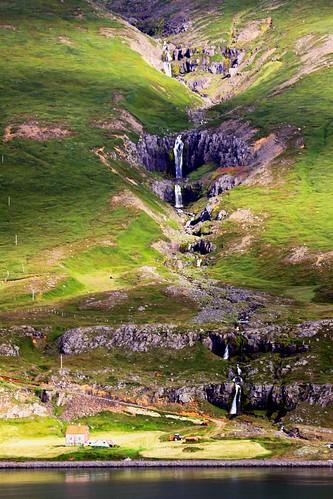 mountains landscape waterfall iceland seydisfjordur mountainscape mountainous deepnorth msmaasdam icelandwaterfall sobergeorge voyageofthevikings bysobergeorge rememberthatmomentlevel1 paisajesasombrosos