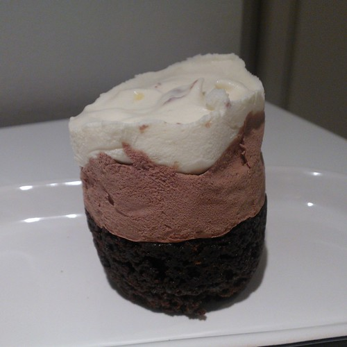 kahden moussen kakku