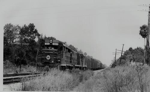 tracks railroads seaboardcoastlinerailroad ruralgeorgia abandonedrailroads glynncountygeorgia seaboardairlinerailroad abandonedgeorgia thalmanngeorgia everettsubdivision
