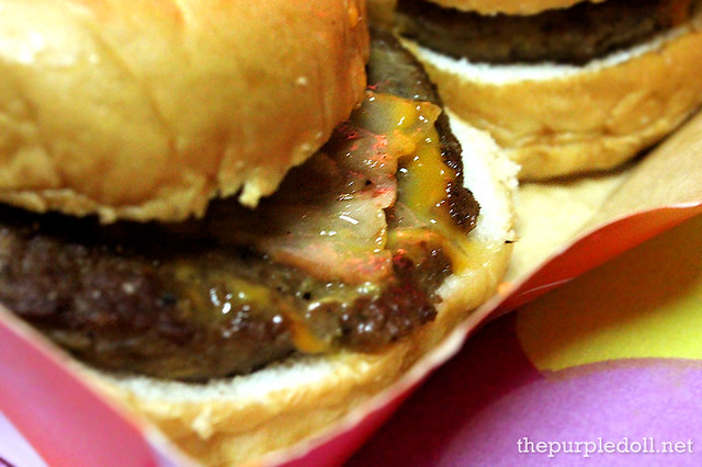 Bacon Cheese Burger P55