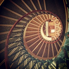Hôtel de la Poste, Langres. #escalier #stairs - Photo of Torcenay