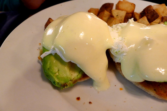 avocado and hollandaise