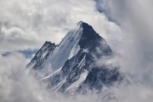 mountain alps nature berg schweiz switzerland swiss natur peak grindelwald alpen schreckhorn gipfel bernesealps berneralpen