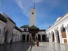 Mesquita na medina antiga de Fez