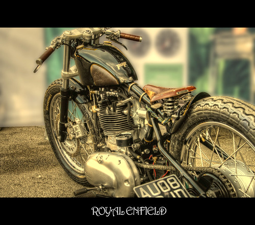 ROYAL ENFIELD by John T100