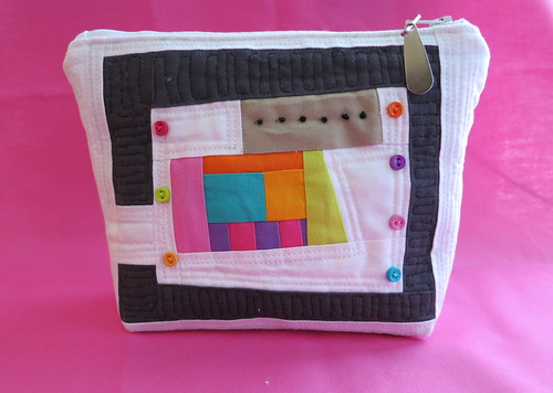 My 1st (ever) zippered pouch 8 x 5 1/2""