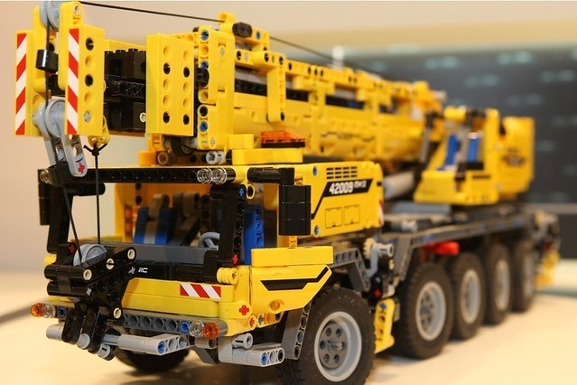 lego technic 42009 mobile crane mk ii flickr photo. Black Bedroom Furniture Sets. Home Design Ideas