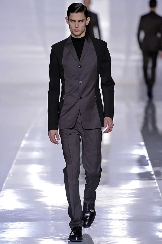 FW13 Paris Dior Homme017_Arthur Gosse(GQ.com)