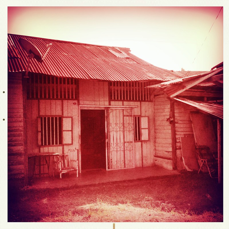 Malaysia 200 Years Old Tradition Hakas Village (Toy Camera) 8256846135_cdc569fd00_c
